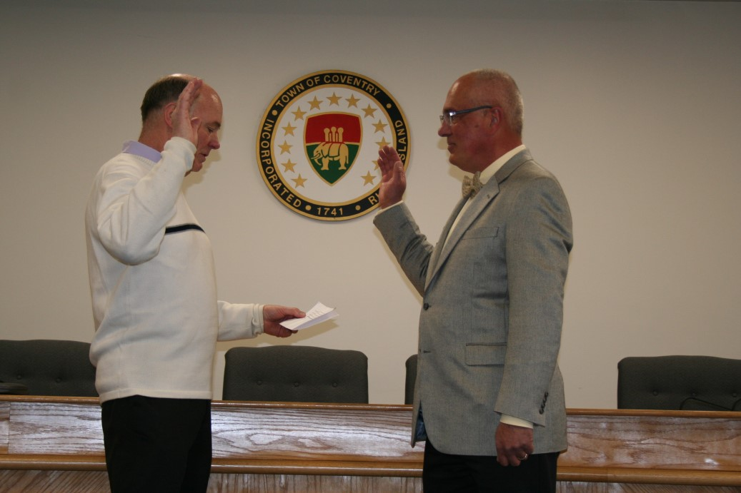 Interim Town Manager Stephen Delaney and Council President Glenford Shibley